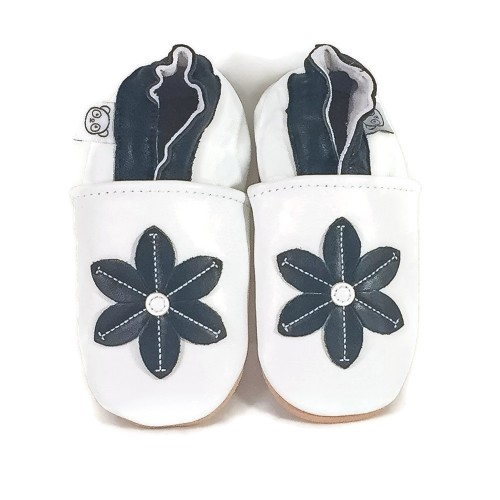 white-flower-shoes